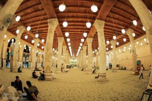 نماز حاجت در مسجد کوفه